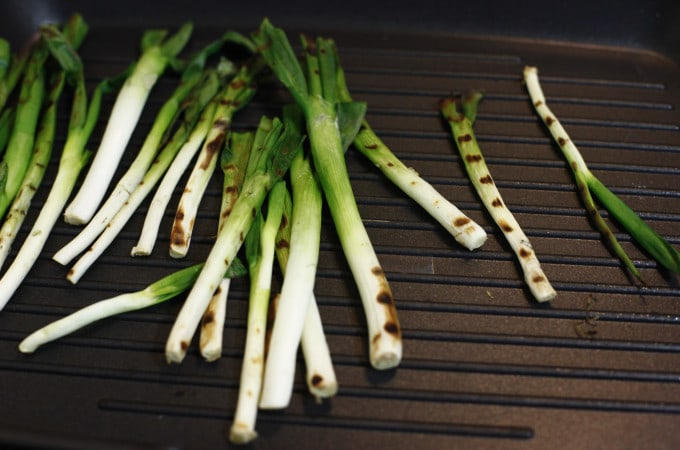 scallion, onion, grilled scallions, grilled, roast, vegetable, veggie, vegan, food, foodie, foodist, blog, food blog, blogger, the brooklyn cook, brooklyn, cook, cooking, bake, baking, baker, recipe, recipes,
