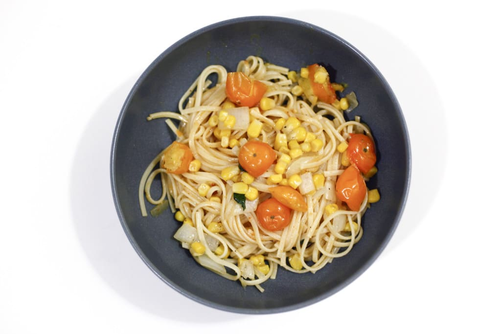 summertime linguine, pasta, epicurean butter, butter, grape tomato, tomato, basil, bread, sweets, sweet, dessert, food, foodie, foodist, blog, food blog, blogger, the brooklyn cook, brooklyn, cook, cooking, bake, baking, baker, recipe, recipes,