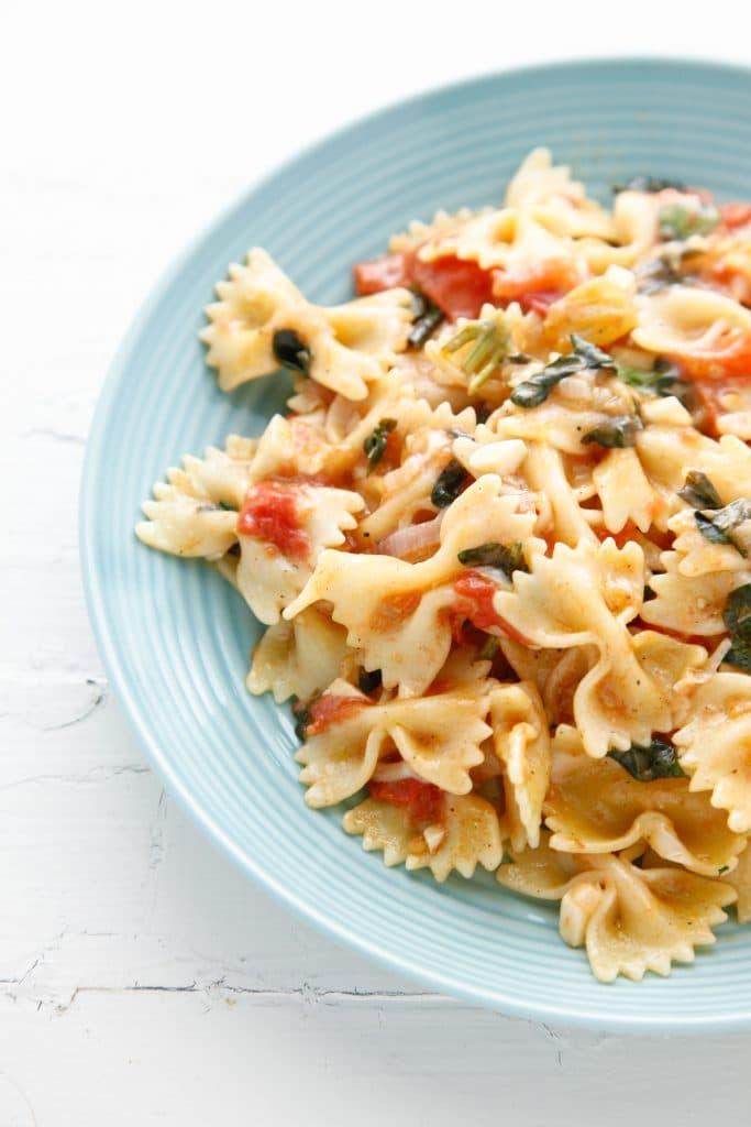 one pan bruschetta pasta_-12